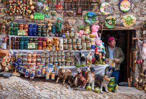 pottery market